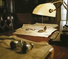 Scrivanie, stile e pregio.